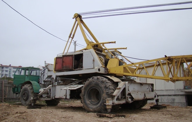 Монтажный Кран на базе Тягача