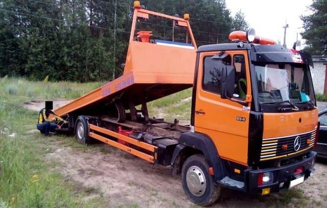 Оранжевый эвакуатор