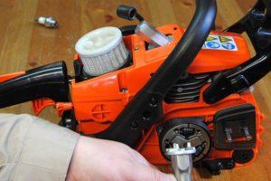 Как снять и поменять сцепление на бензопиле своими руками