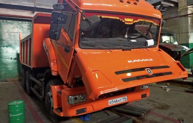 Техобслуживание грузовика 65115