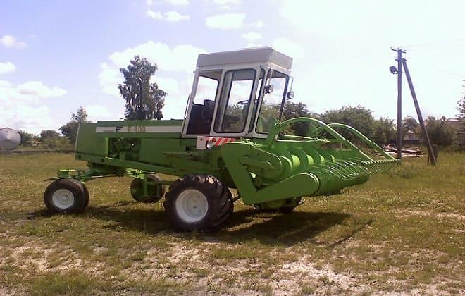 Трактор-косилка