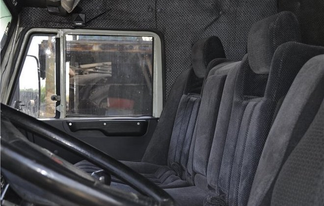 Сидения грузового автомобиля