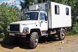 Полноприводный вездеход ГАЗ-33081 Садко соответствующий стандартам Евро-4