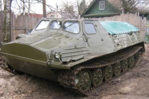 Грузопассажирский гусеничный вездеход ГТТ для армейских и гражданских нужд