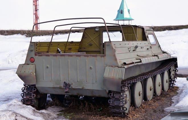 Вездеход ГТС ГАЗ-47 с зади