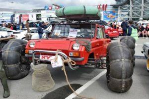 Большой ТОП лучших вездеходов: выбрать колесный или гусеничный