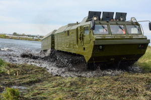 Самые мощные гусеничные вездеходы Витязь для бездорожья