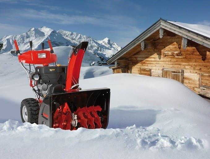Какой снегоуборщик выбрать для дачи