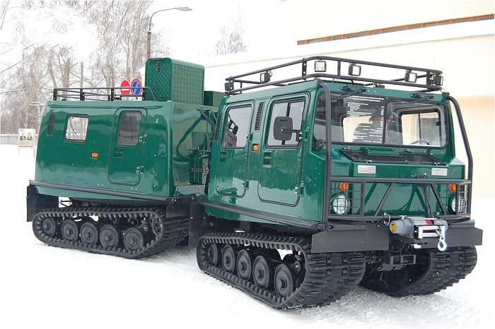 Двухзвенный гусеничный снегоболотоход ГАЗ-3351